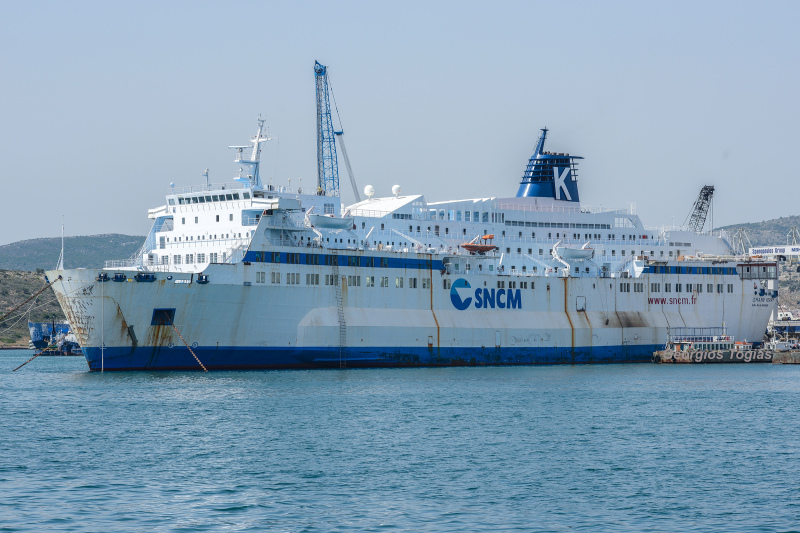 Image of GRAND FERRY