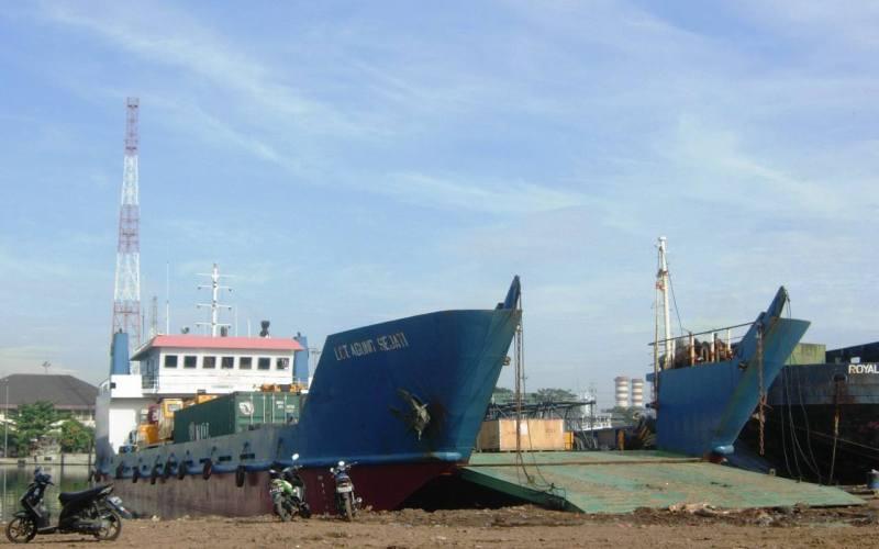 Image of LCT. AGUNG SEJATI
